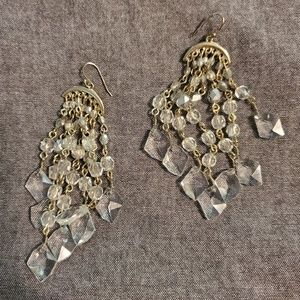 Jewelry - Gold and clear earrings